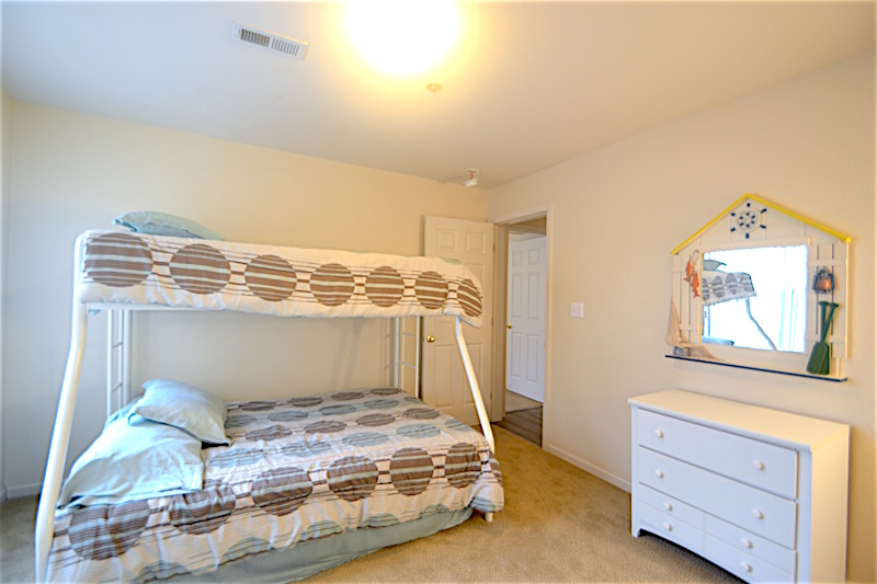 231 Bedroom 3