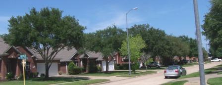 Oak Park Trails street scene