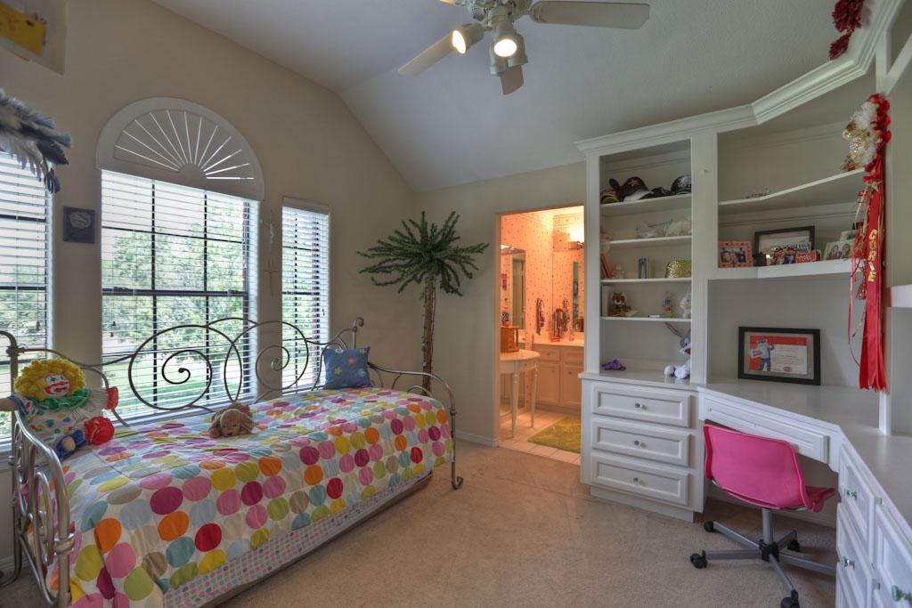 swansbury 2ndbedroom