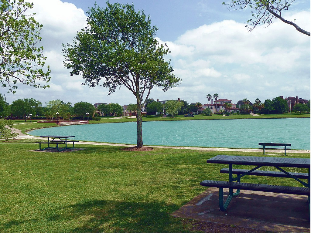 Southdown Dog Park Pearland Tx