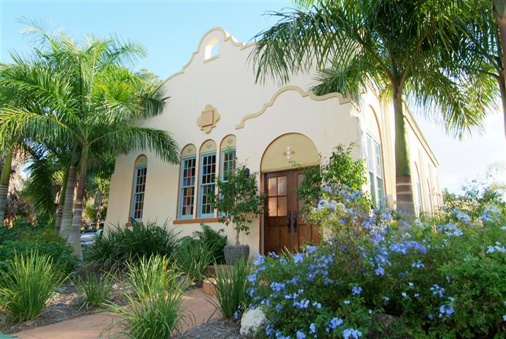 Spanish-style cottage, Sarasota