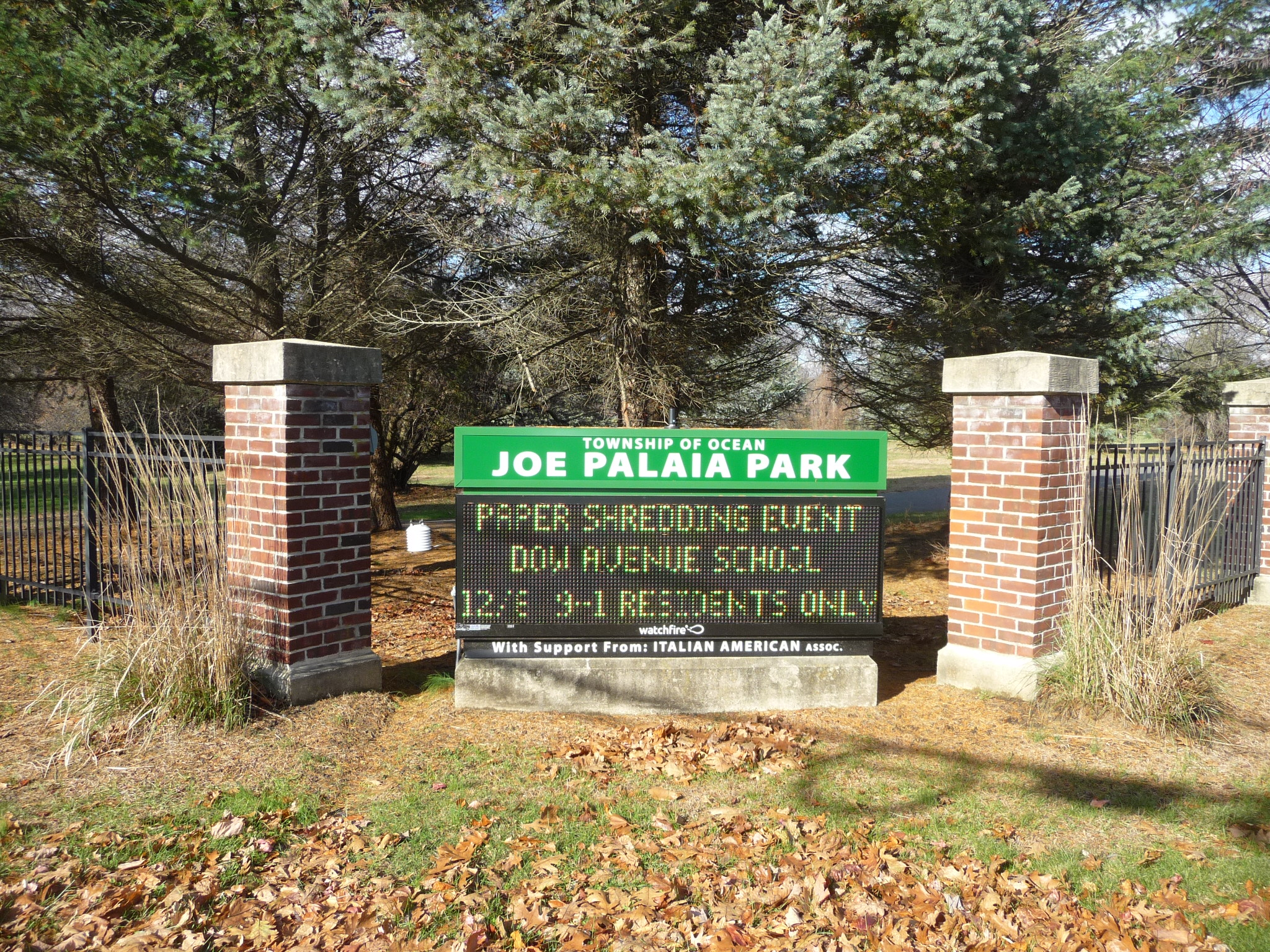 Joseph Palaia covers over 200 acres and is the largest recreational area in Oakhurst.