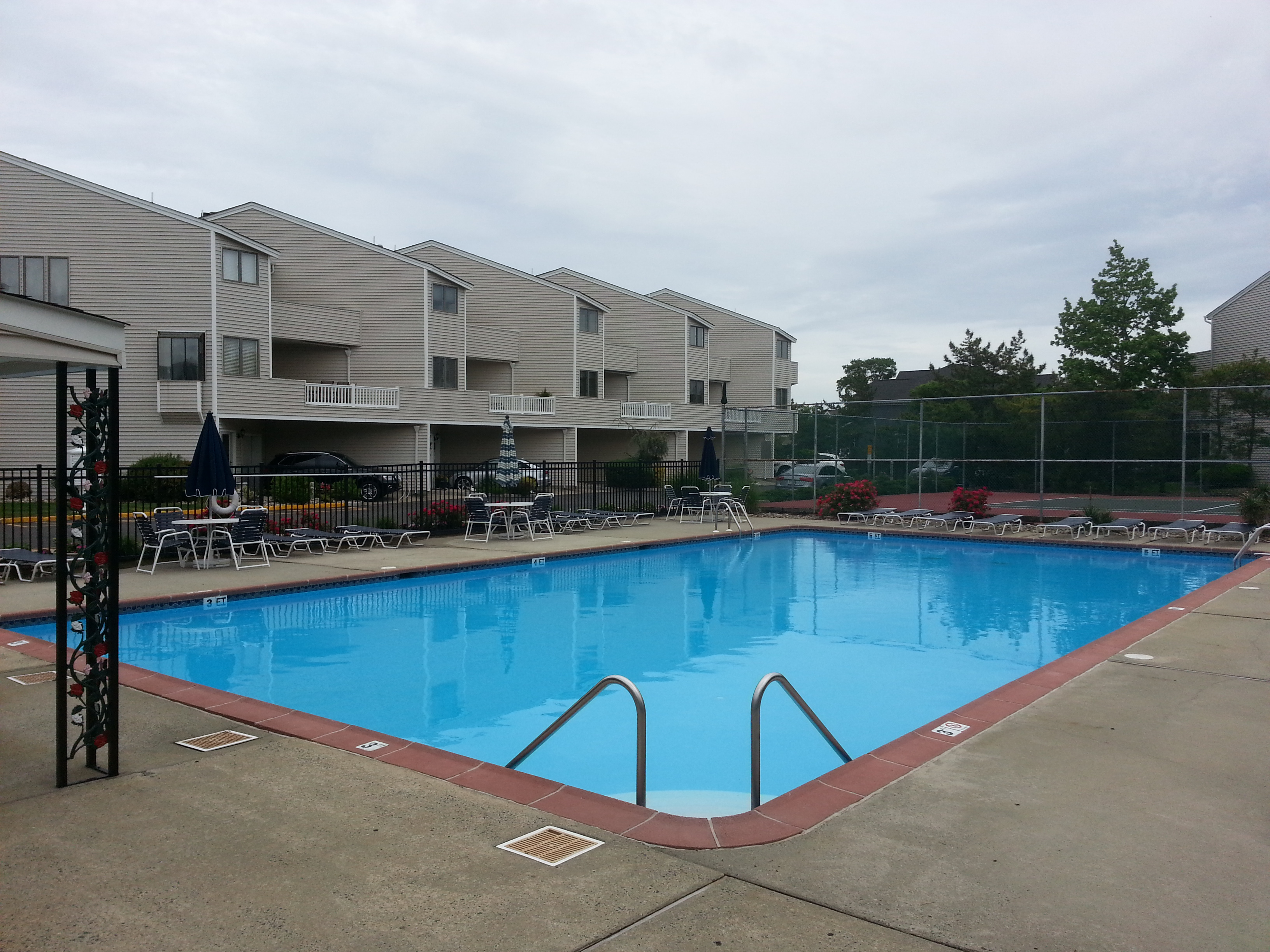 The Sea Winds community pool is conveniently located in the center of the complex.