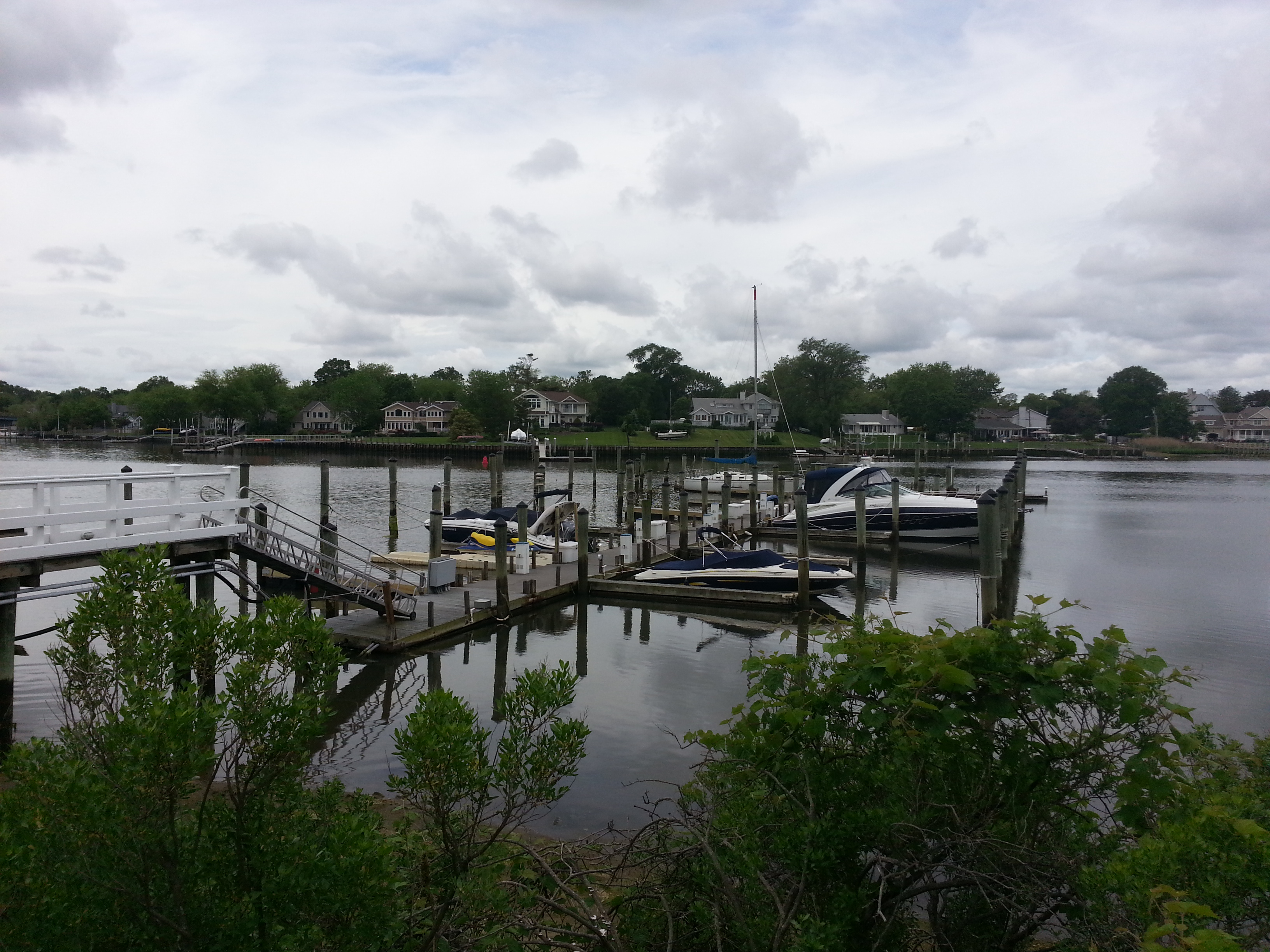 Sea Winds has two docks with deep water dockage for boats up to about 40 feet.