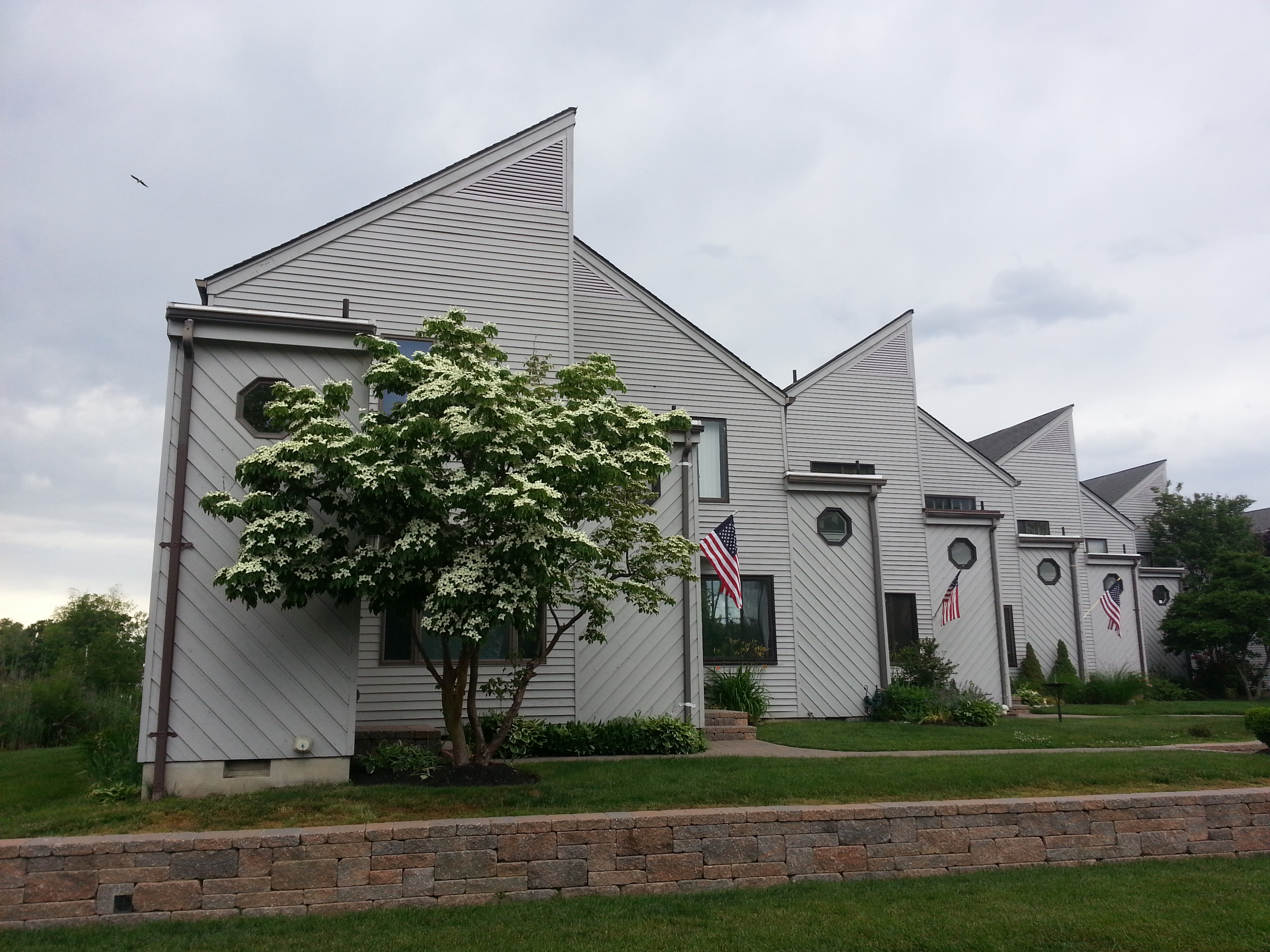 Harbor Pointe in Oceanport NJ is a community of 24 townhouse style condos.