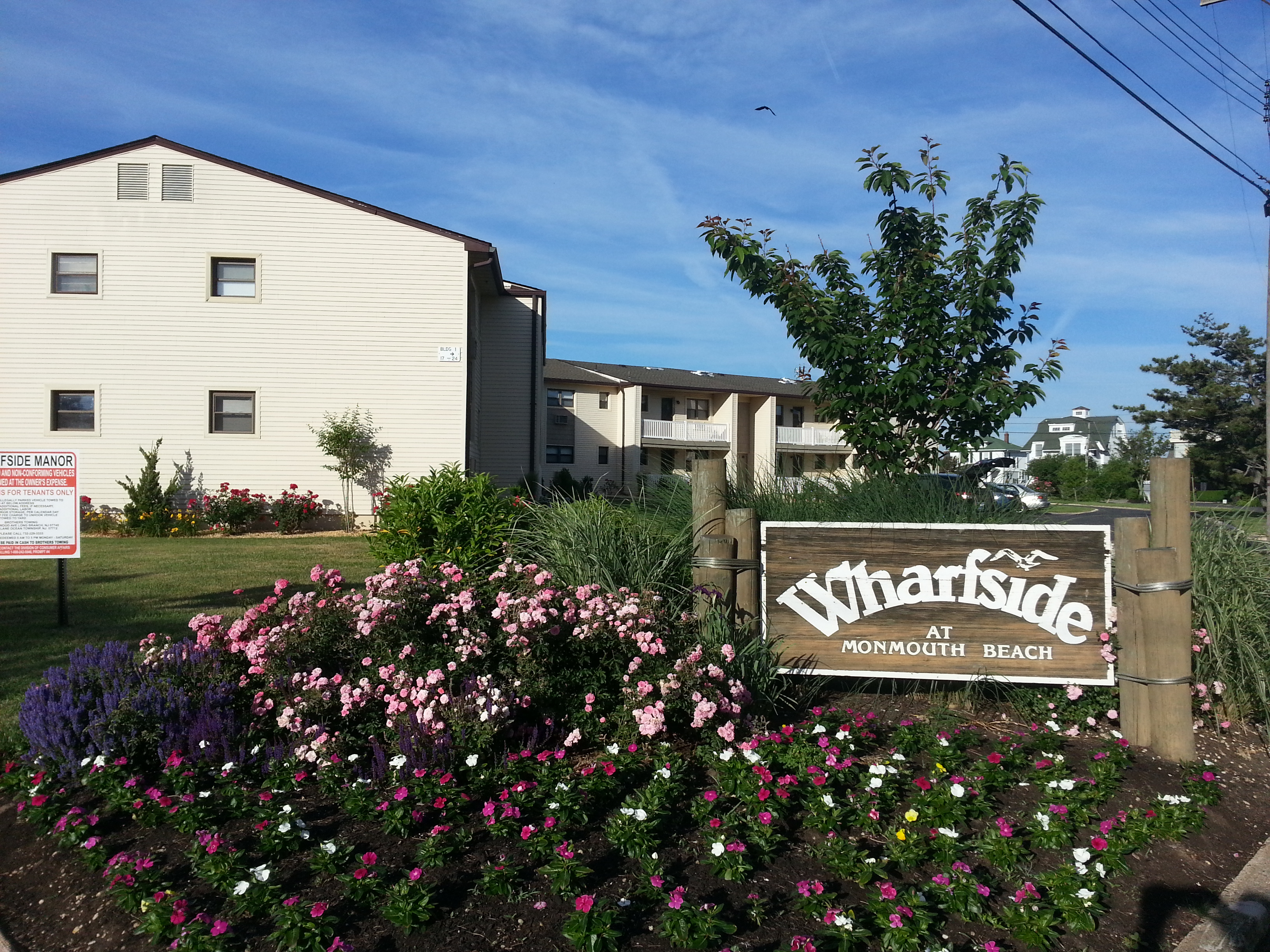 Wharfside Manor in Monmouth Beach is on the Shrewsbury River and just a block from the beach.