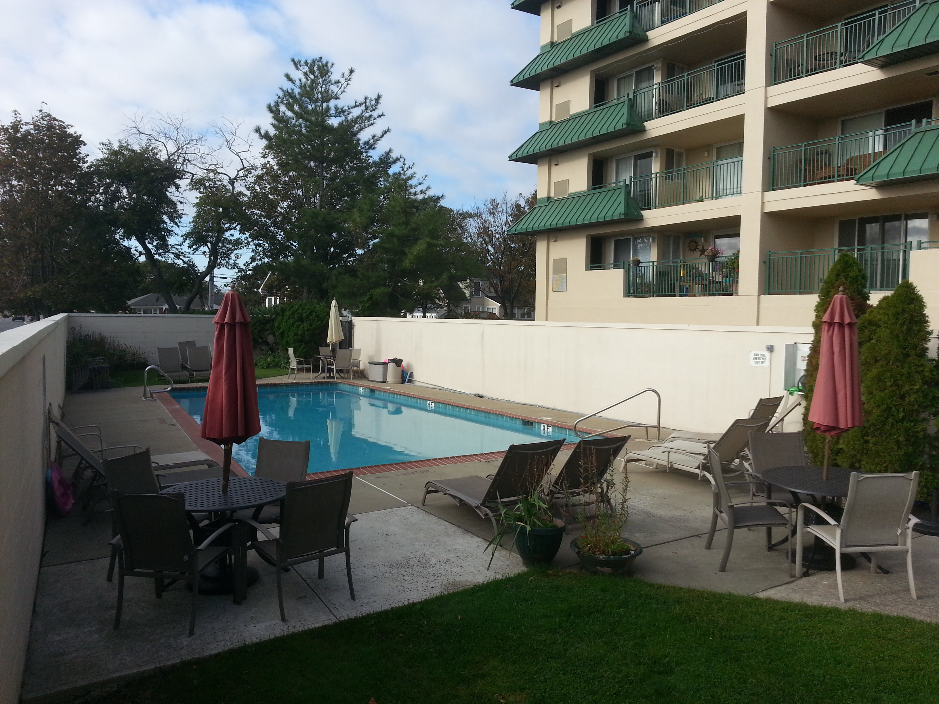 Among the amenities at Ocean Pointe is this community pool.