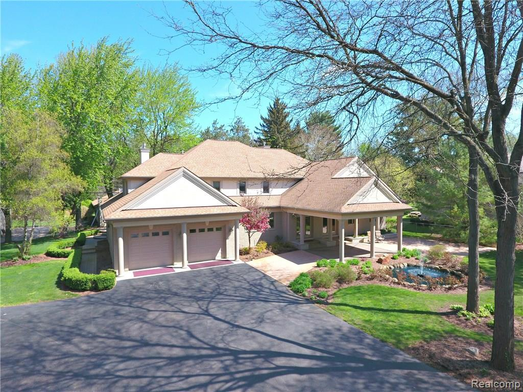 17515 MILLAR Road, Clinton Twp, MI 48036