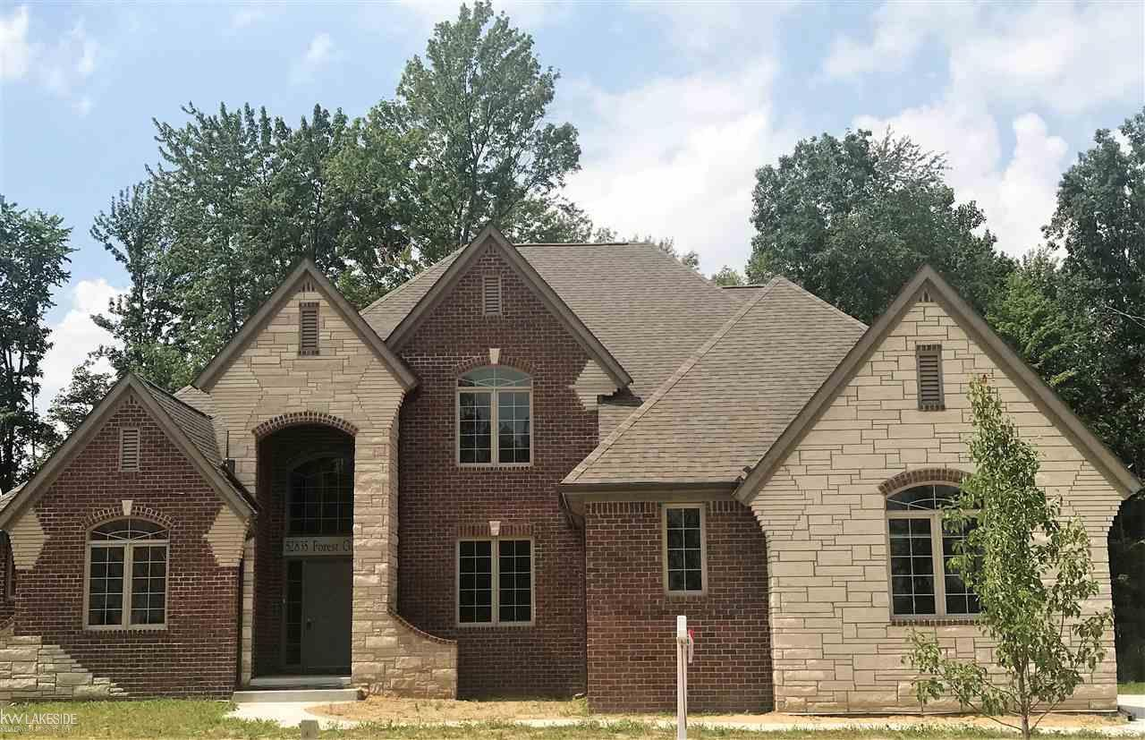 52835 Forest Grove Dr., Shelby, MI 48315