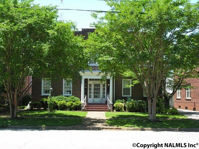 709 OAK STREET, DECATUR, AL 35601