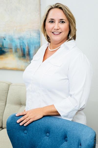 Jennifer Leigh Schmidt