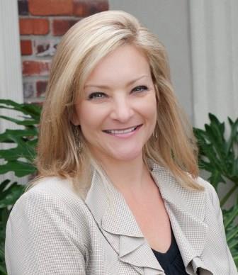 Nina Faucheaux