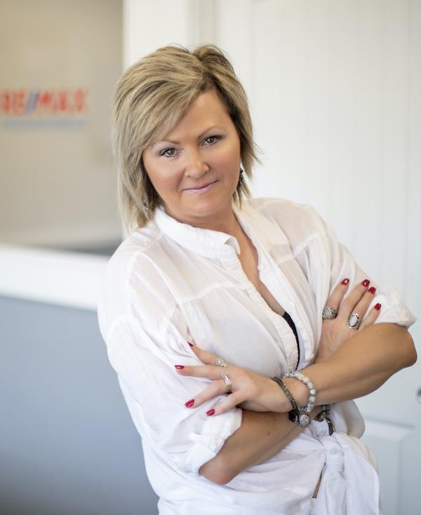 Angela Tinsley
