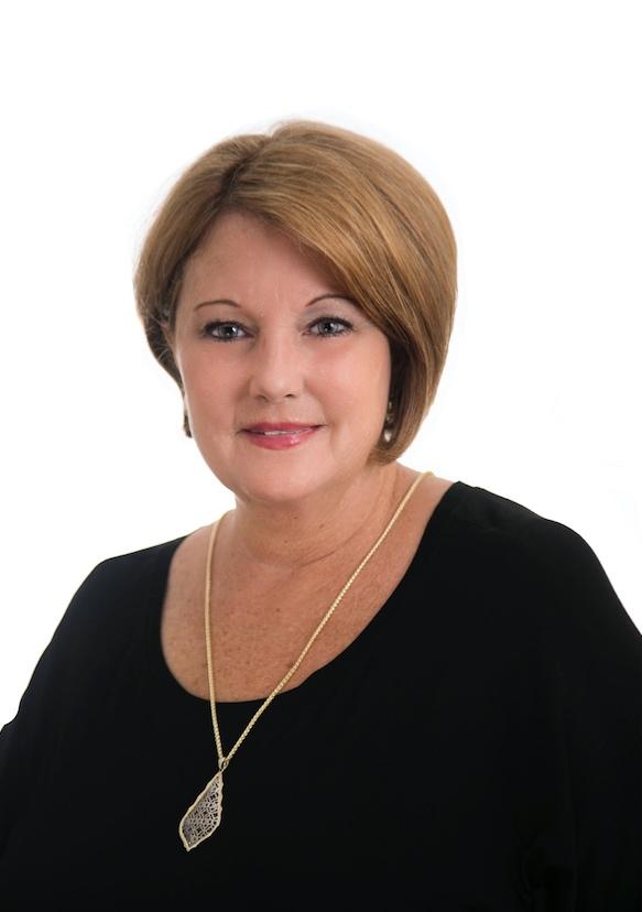 Debbie Relle