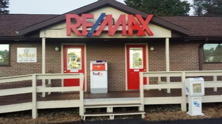RE/MAX River Valley