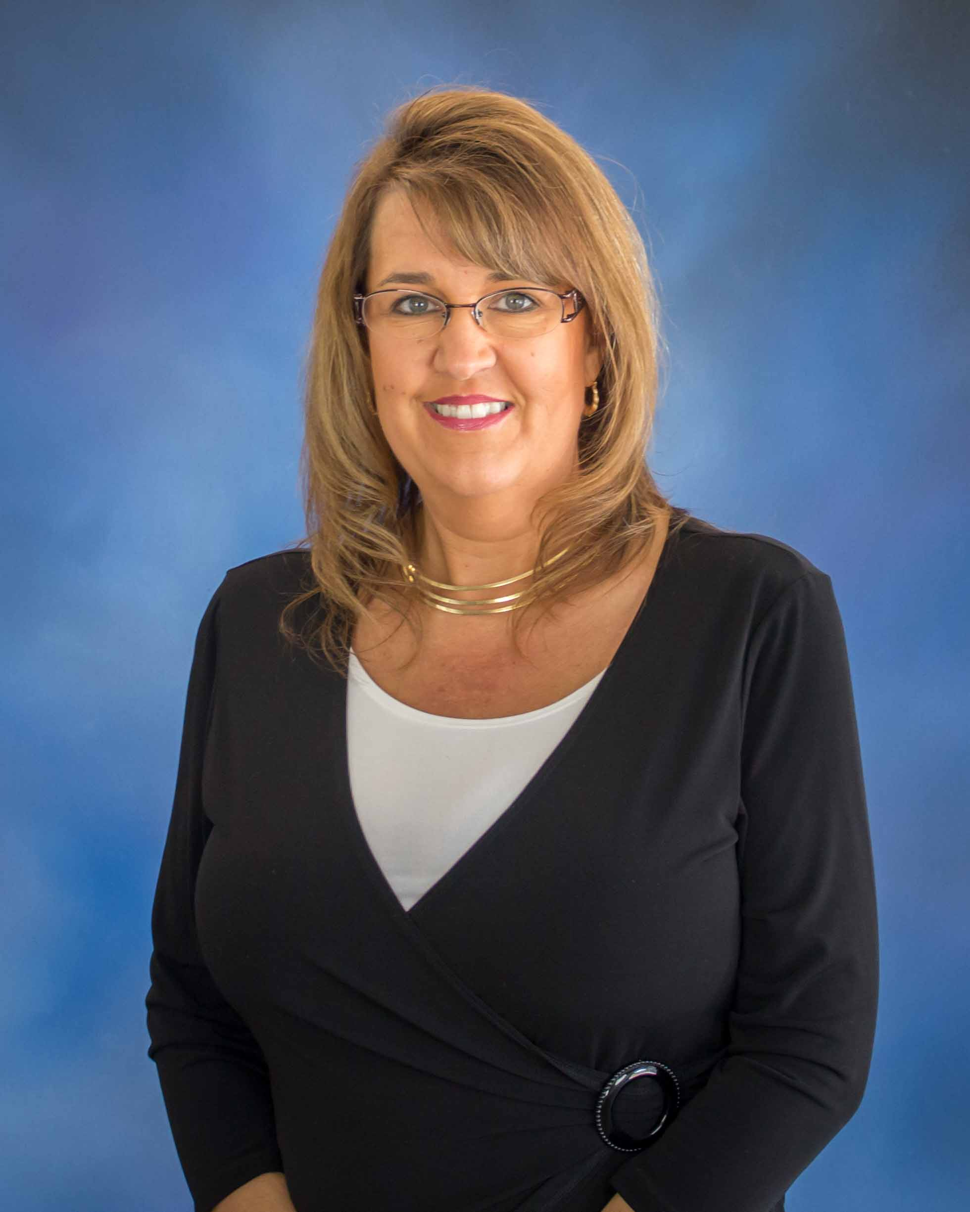Cindy Dewar