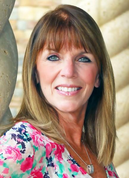 Renée Farrell