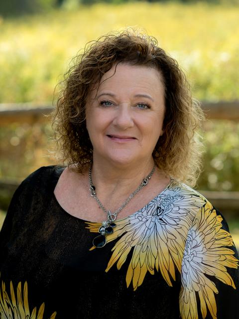 Angela Niven