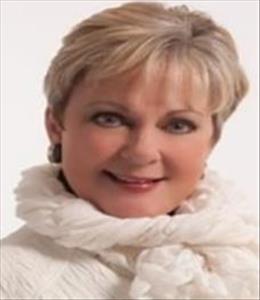 Liz Saunders