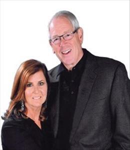 Rhonda and Larry Rosenthal