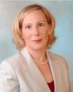 Suzanne Dustin