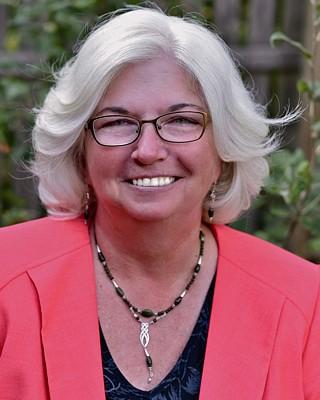 Eileen Harcar