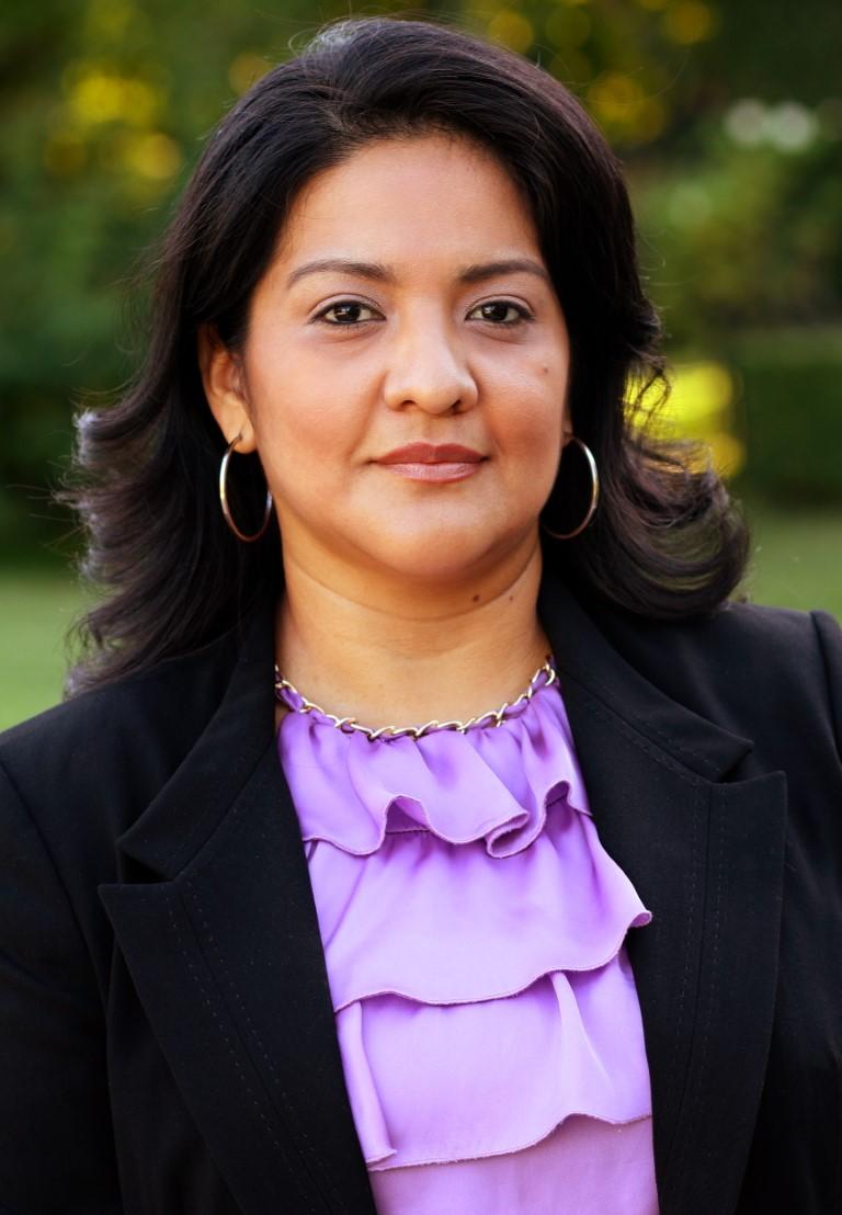 Carolina J. Turcios