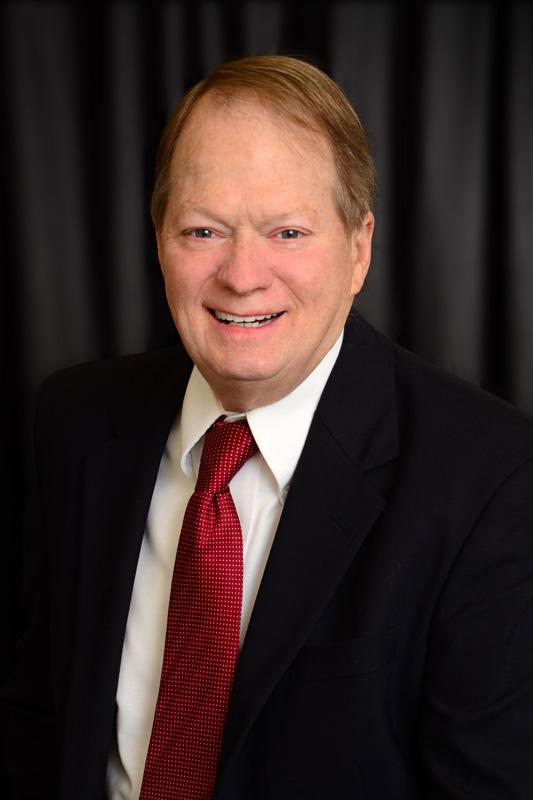 Walter Clark ®