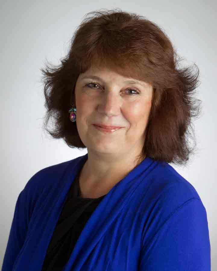 Julie Dethlefs