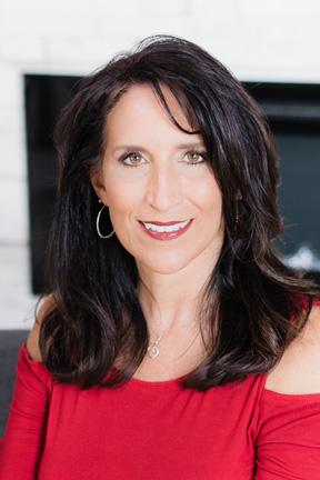 Deanna Roth