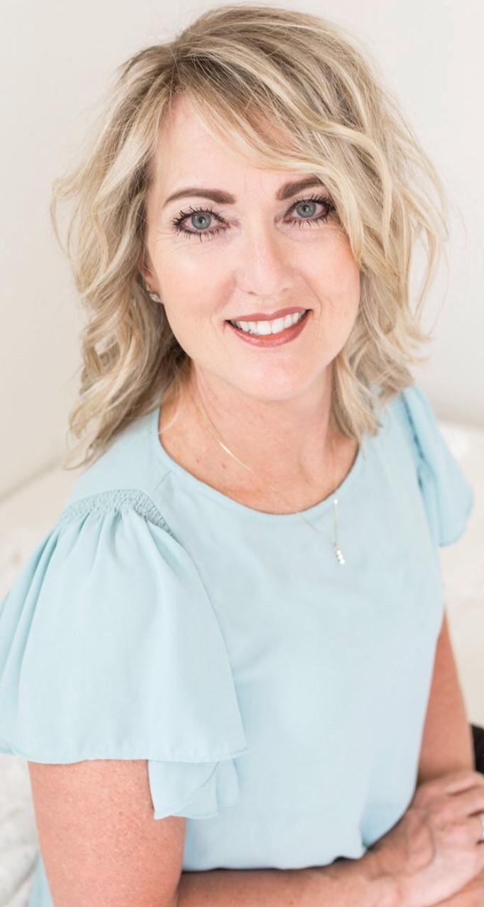 Julie Askim