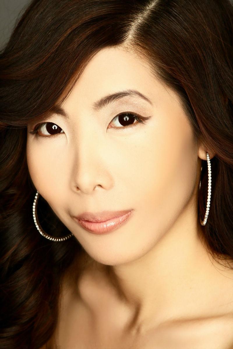 Yi Fei Bond