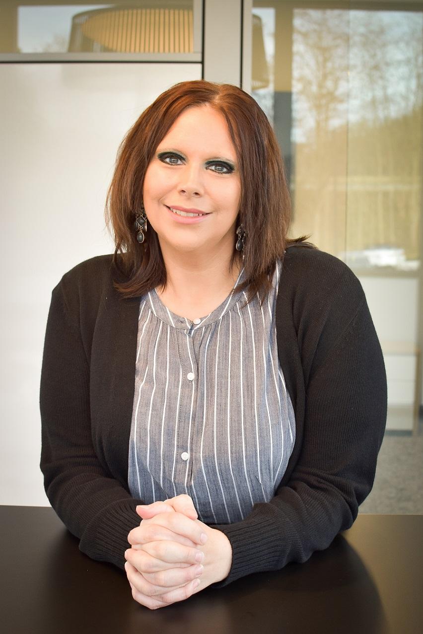 Laura Zellar