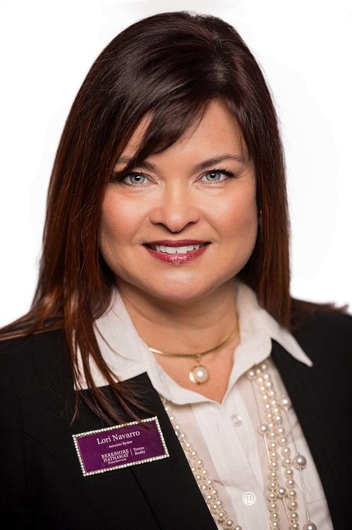 Lori Navarro