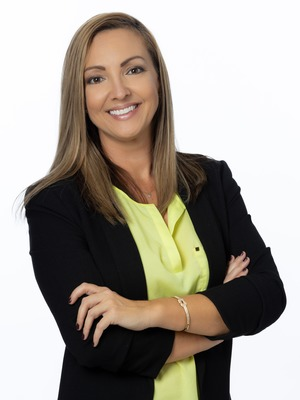 Stephenie Zinn