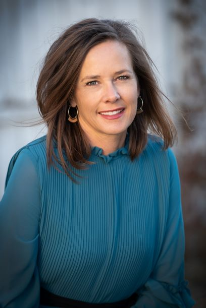 Holly Larsen