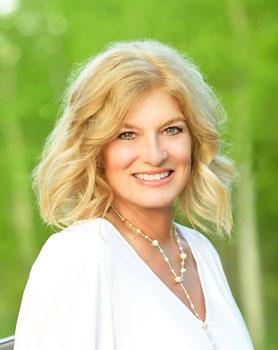 Angela Konigsbauer