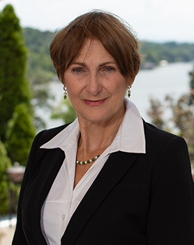 Cindy Holt