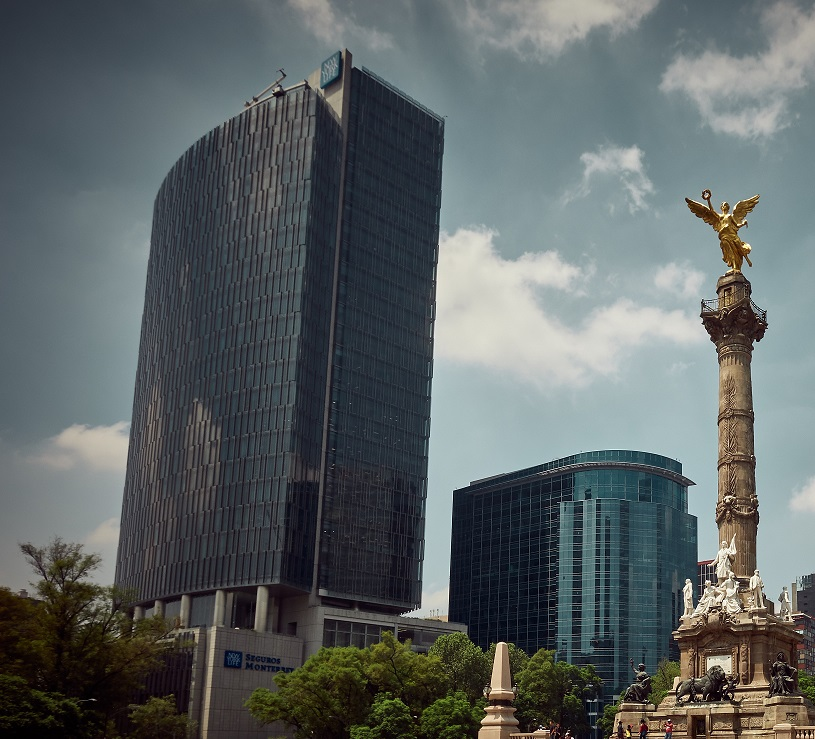 Mexico City Reforma - New York Life Building