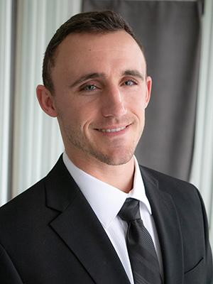 Garrett Riggs