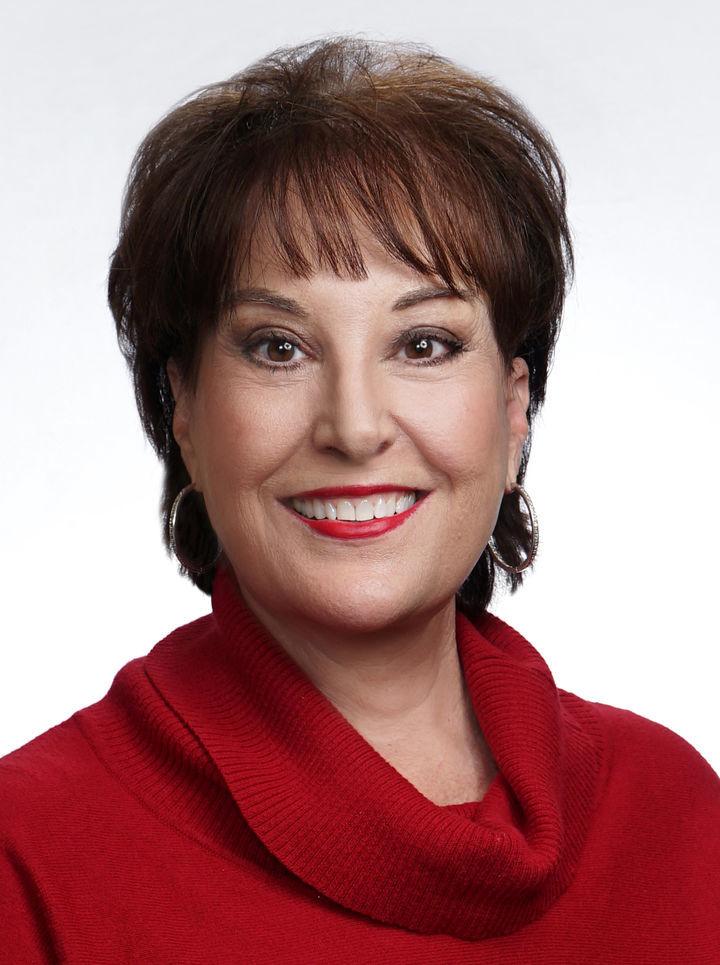 Patricia Manos