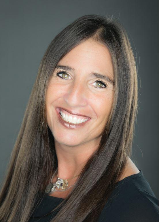 Chrissy Vaselaros