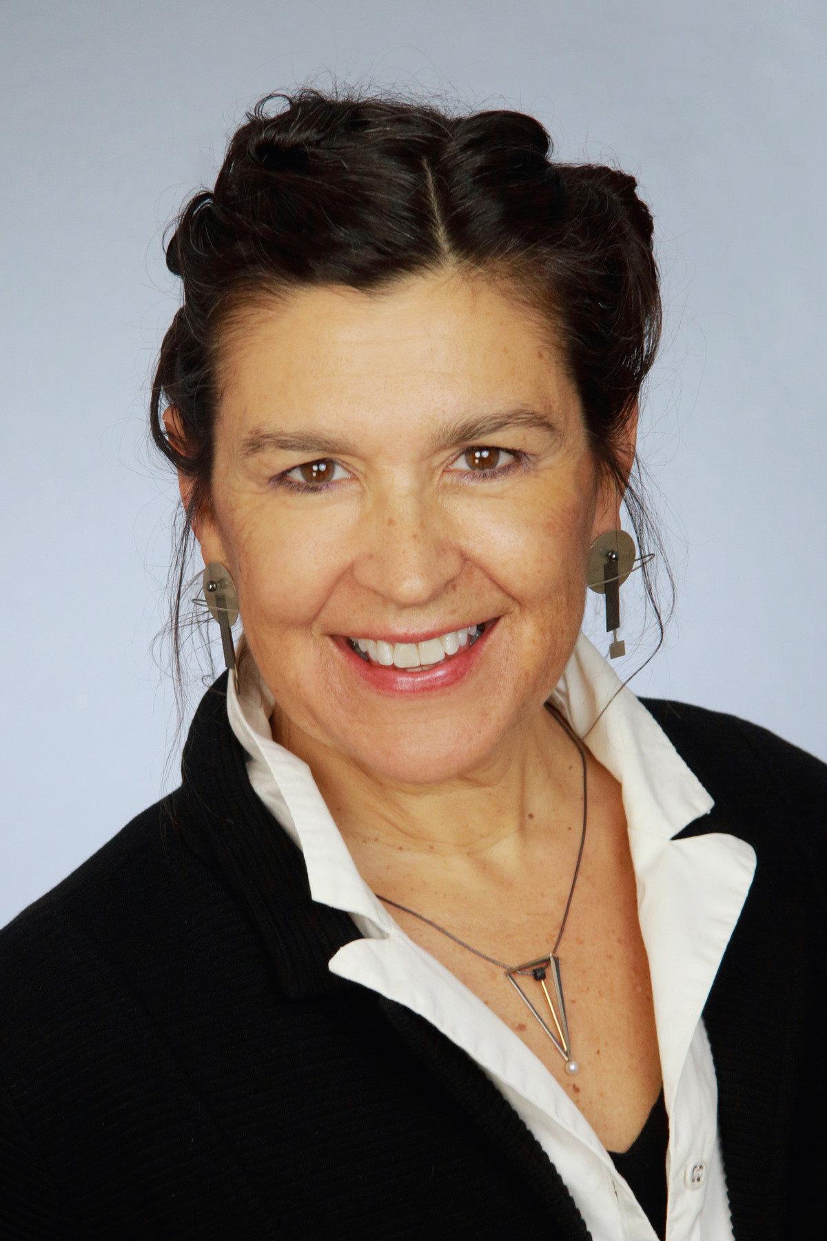 Vera Gates