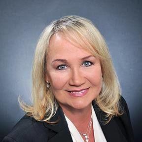 Lora Schneider