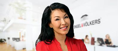Elise Lee