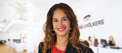 Lisa Stines