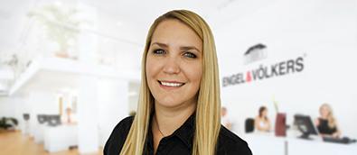 Nicole Houf