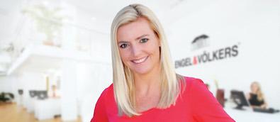 Dana Bloom