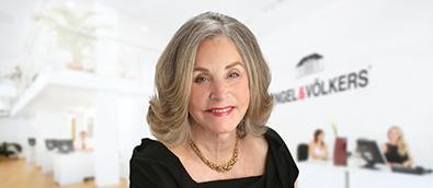 Janet Schiff
