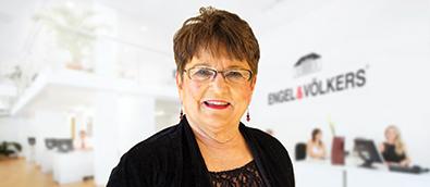 Mary Jo Oppegaard